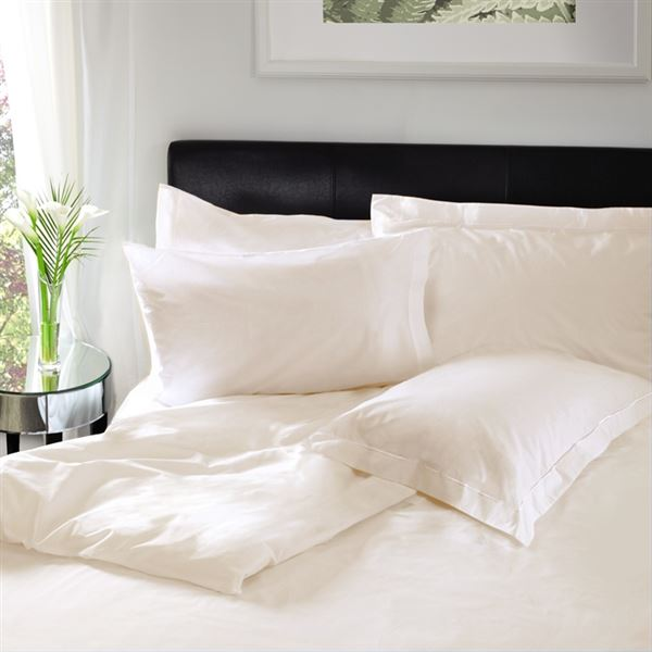 200 Thread Count Cotton Bed Linen Ivory