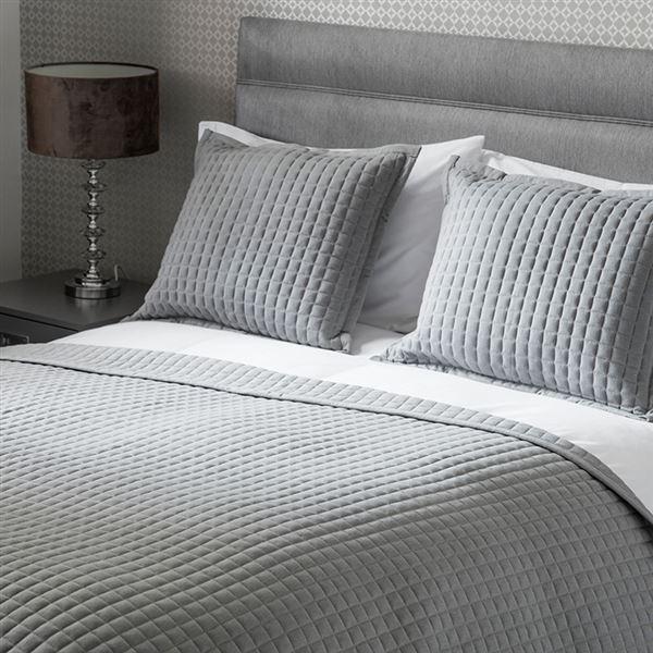 Crompton Bedspread Grey