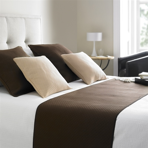 Diamond Quilted Bed Runner Chocolate