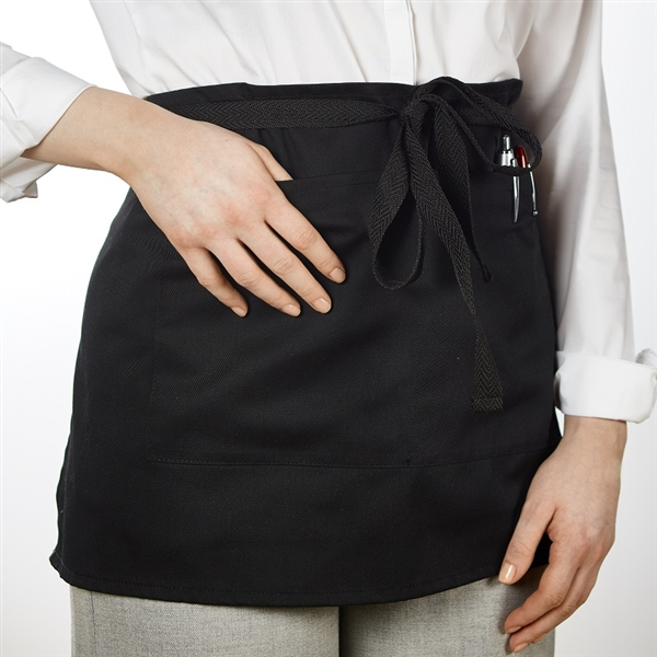 Short Apron With Pocket, Black
