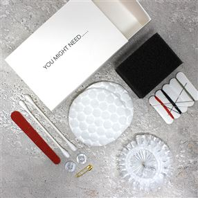 Amenities Set In White Carton