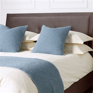 Out of Eden Rich Cream Percale Hotel Bed Linen