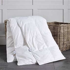 Dusal Goose Feather & Down All Seasons Duvet