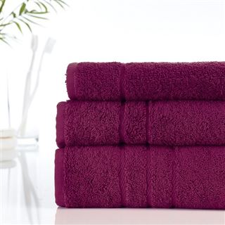 500g Hotel Towels & Facecloths Berry