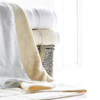 Luxury 600g Hotel Towels and Face Cloths Cream